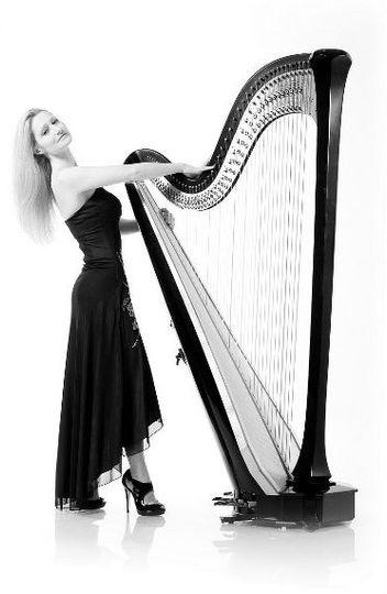 Northwest harpist