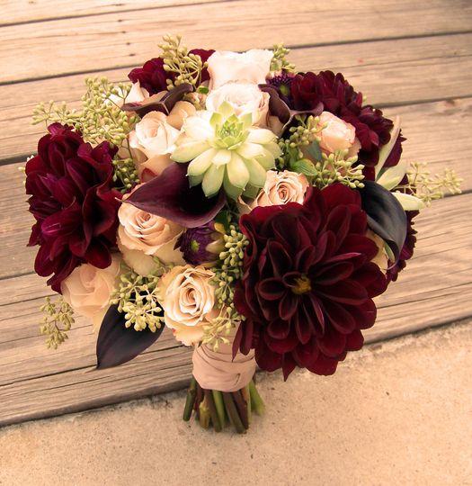 Wedding Wire Flowers: LZ Floral Design
