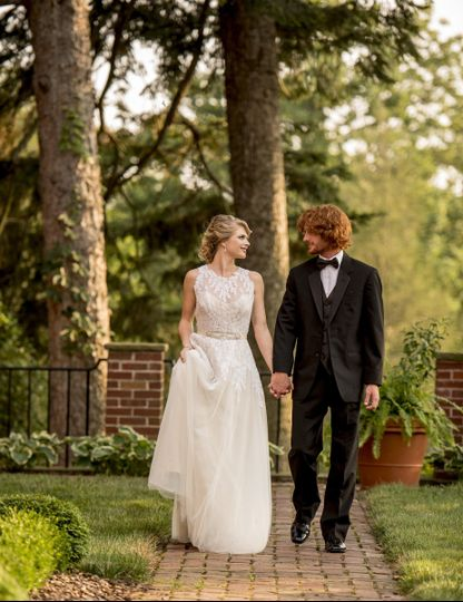 Venue: Venue Chilton Wedding Designer: That's It! Wedding Concepts Photographer: Lauren Fisher...