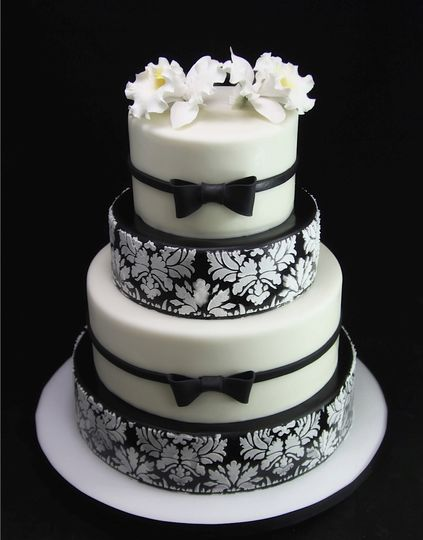 Black And White Suite And Tie Cake