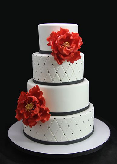 800x800 1443811374195 quilted with red peonies wedding cake