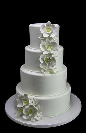 800x800 1443811432022 white orchids wedding cake