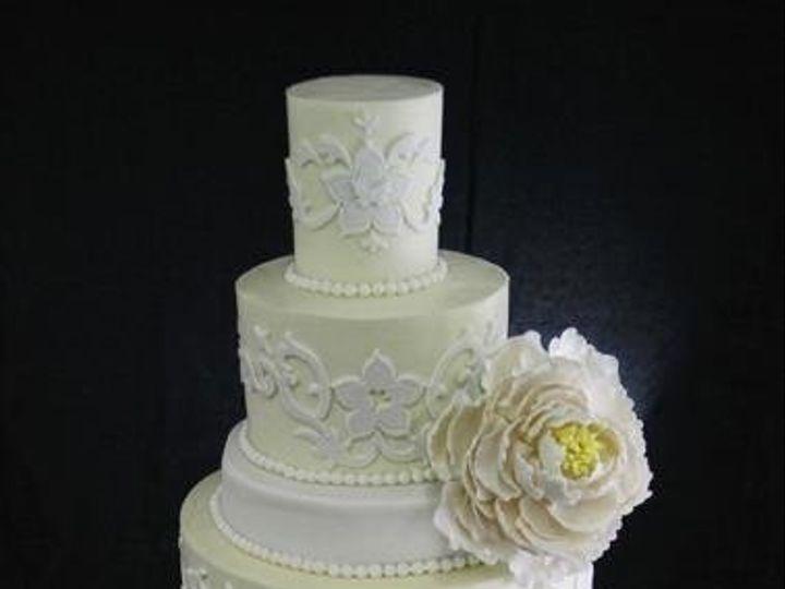 Tmx 1349293786552 WhiteonWhiteDamask Long Island City, New York wedding cake