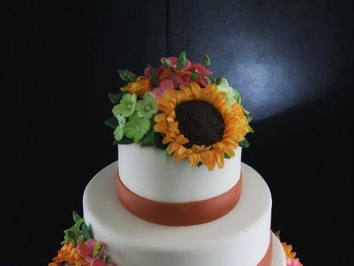 Tmx 1349293982389 MultiFlowerWeddingCake1 Long Island City, New York wedding cake
