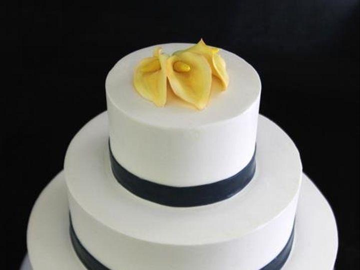 Tmx 1357853182909 YellowCallaLilyNavyBandWeddingCake Long Island City, New York wedding cake