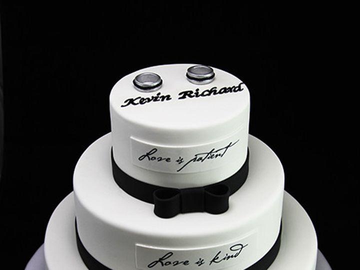 Tmx 1433365150818 Love Is Wedding Cake Long Island City, New York wedding cake