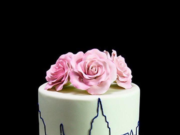 Tmx 1449521369853 Elegant Skyline Wedding Cake Thumb Long Island City, New York wedding cake