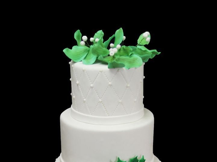 Tmx 1466010055321 Quilting With Dragees And Holly Leaves Wedding Cak Long Island City, New York wedding cake