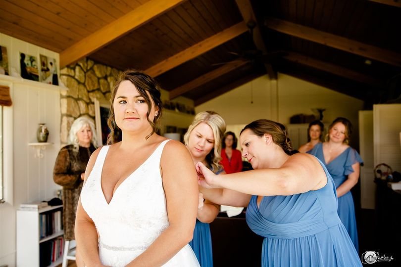 Getting ready for the big day, Keelia Jo Photography