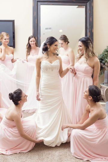 superstition Manor bridal party getting ready