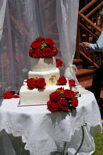 a little slice of heaven wedding cake citrus heights ca weddingwire. Black Bedroom Furniture Sets. Home Design Ideas