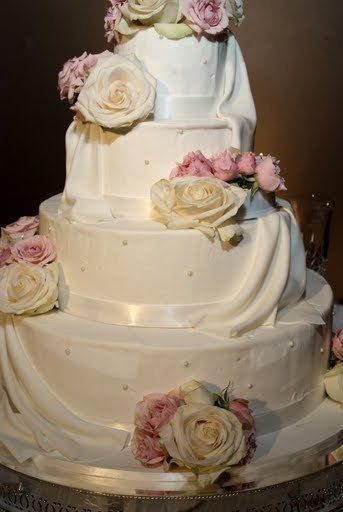 Tmx 1275841140617 Pinktraditionalcakenashvillewedding Citrus Heights wedding cake