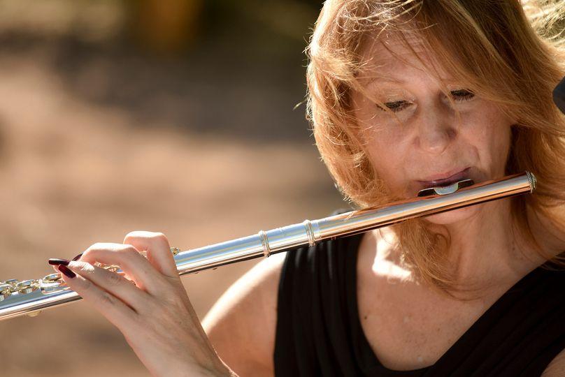 Laura Strickland, flute