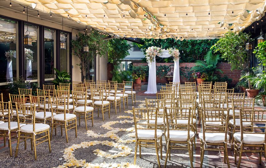 10patioweddingac8w6563