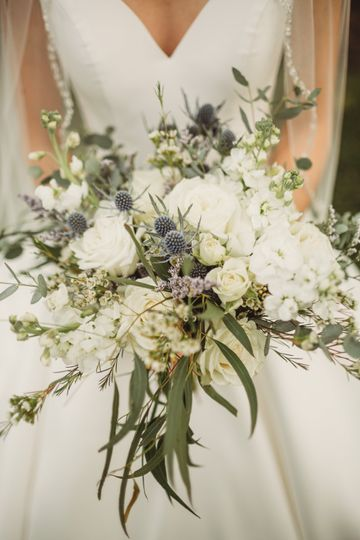 Ivory and Dusty Blue bouquet