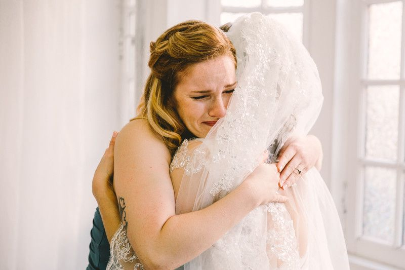 There is nothing quite like the emotion of a briodesmaid seeing the bride for the first time!