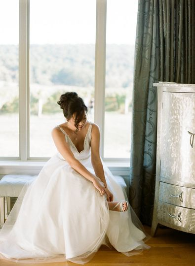 Our bride enjoyed the special private bridal suite at Breaux Winery for her getting ready photos