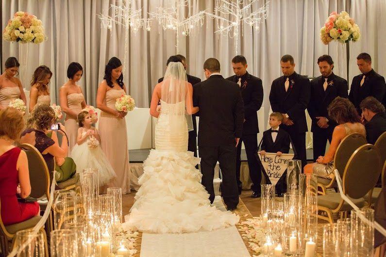 adb63d46126f7149 1520603316 c481624e969b2d7b 1520603315479 6 Pickle Wedding 11