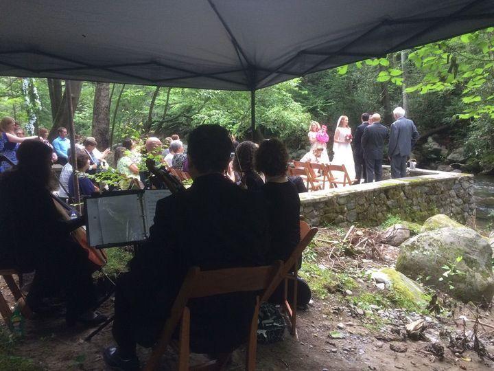 Beautiful wedding at Spence Cabin/Gatlinburg