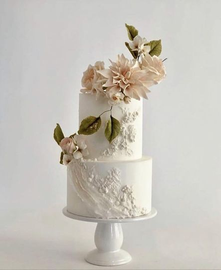 Bas relief and sugar flowers