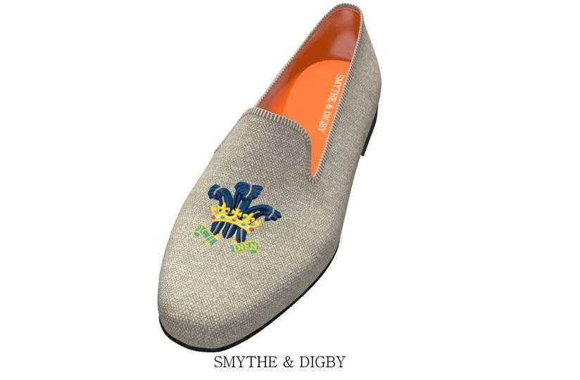 Fleur de lis slippers