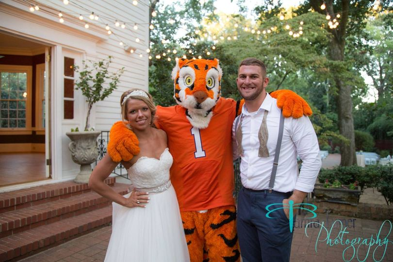 Couple with tiger mascot