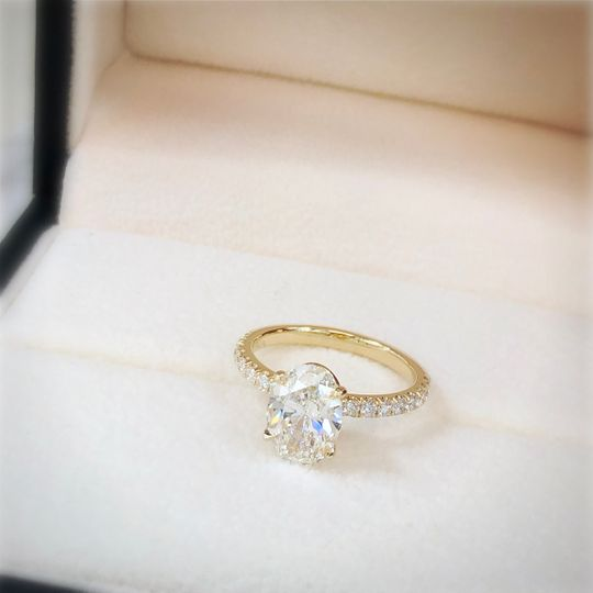 2ct Oval Ring