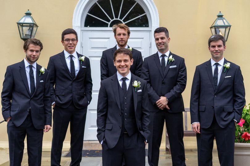 Groom and groomsmen oustide
