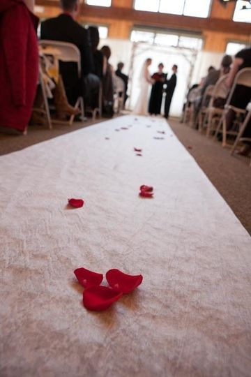 Petals on the aisle