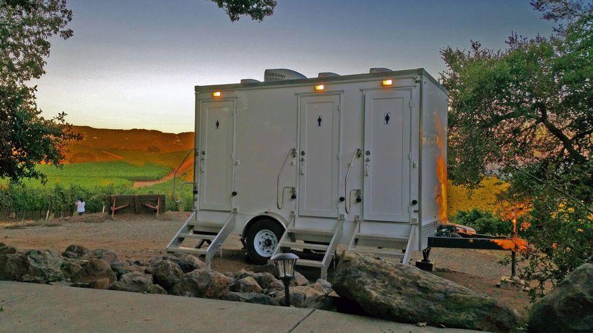 luxury flushing restroom trailer outside in a vineyard fancyflush luxuryrestroomtrailer 5 51 722737 158327983856161