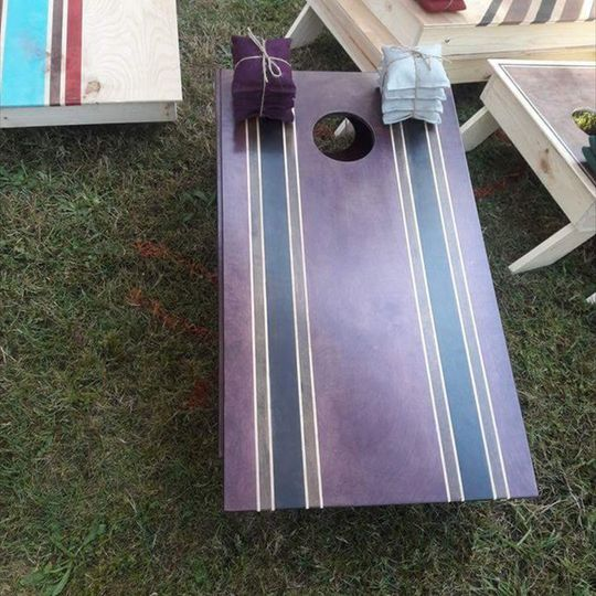 Rebel board in violet