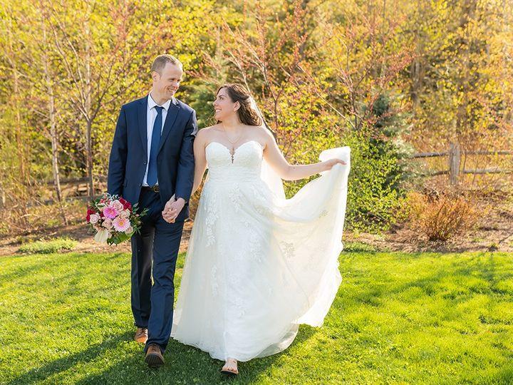 Tmx Locke Falls Farm Jess Sinatra Lp Minimony 207 51 934737 159066205179826 Wonalancet wedding venue