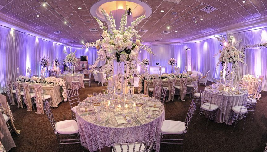 Reception setup and decor