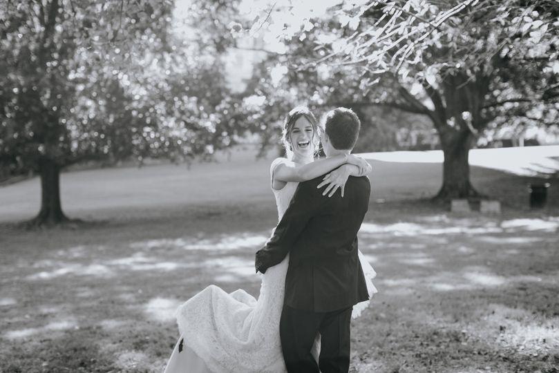 Newlyweds | Lunaleephotos.com