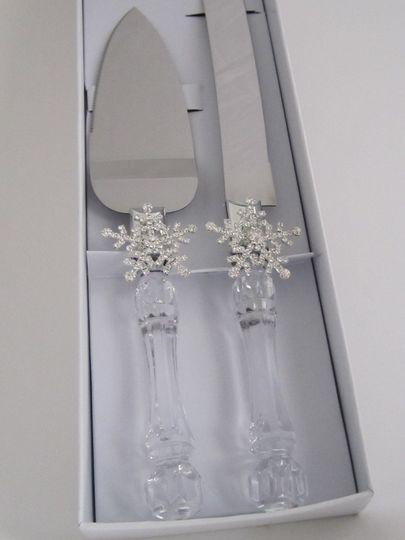 Snowflake  Winter  Wonderland  cake  server  set  - $19.95  per  set  Faux  crystal  stainless...