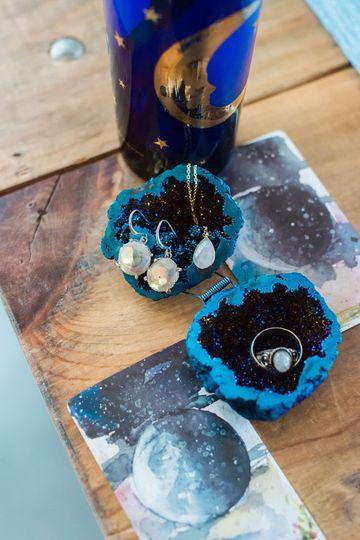 Cobalt blue Geode ring holder