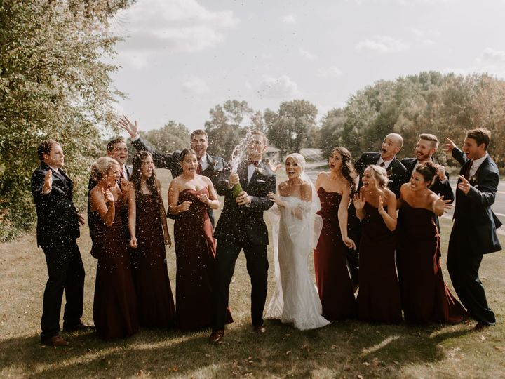 Tmx Garinbridalparty 186 51 102837 Lakeville, MN wedding venue