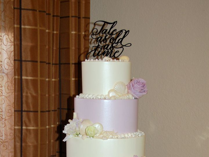 Tmx 1516737637 5eeaef246d87af67 1516737627 2fa1ce9e659484c9 1516737518949 32 Lavendar Beach    Saint Petersburg, Florida wedding cake