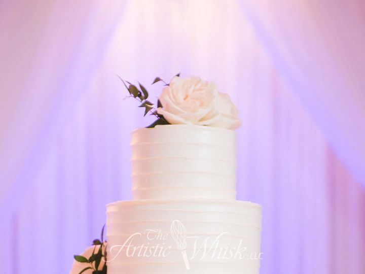 Tmx 1516740180 Cad37a06857f4ba3 1516740178 F3a43b5694eef9d4 1516740178541 18 Freehand Buttercr Saint Petersburg, Florida wedding cake