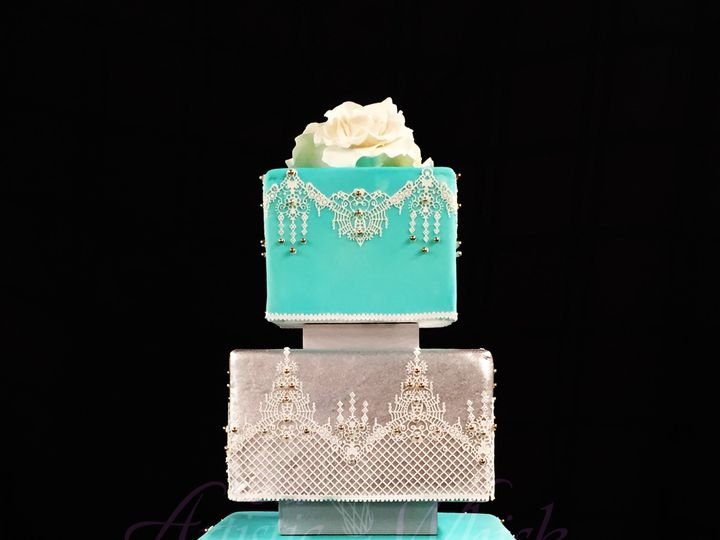 Tmx 1516745433 Ea63097cf53e1416 1516745431 A86a4943e732b318 1516745420205 4 Angela Saint Petersburg, Florida wedding cake