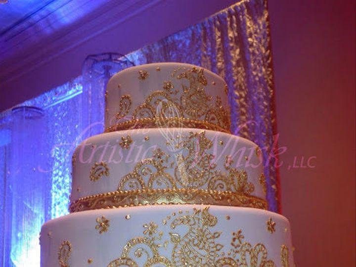 Tmx 1516745477 5cf7161b9f496e7d 1516745476 68349427a758dad3 1516745460386 16 Gold Hand Piped H Saint Petersburg, Florida wedding cake