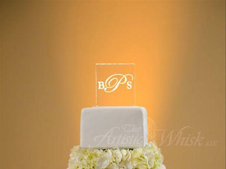 Tmx 1516745483 4270f9efda41ab41 1516745482 Acec59a6f5e57fb9 1516745480027 19 Hydrangea Separat Saint Petersburg, Florida wedding cake