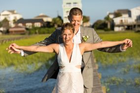 A Charleston Beach Wedding