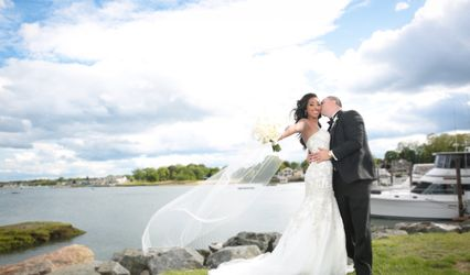 The wedding of Sarah and TJ Pompey