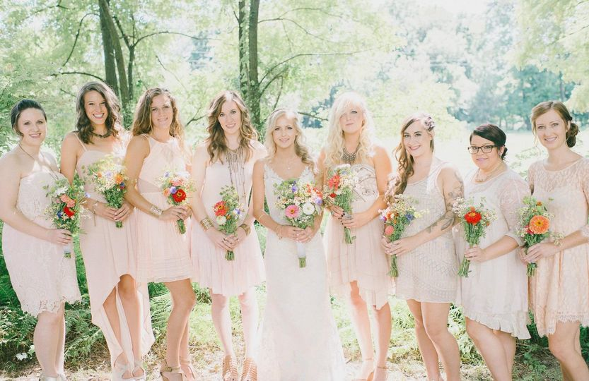 Blushing women | Elizabeth Fogarty Photography