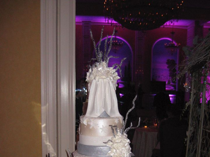 Tmx Img 5040 51 1875837 158154106238712 Midland Park, NJ wedding cake