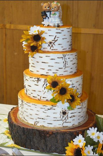 Laura Lee\'s Cakes - Wedding Cake - Blossburg, PA - WeddingWire