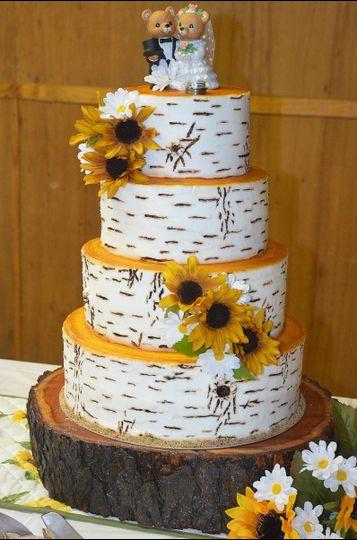 laura lee 39 s cakes wedding cake blossburg pa weddingwire. Black Bedroom Furniture Sets. Home Design Ideas