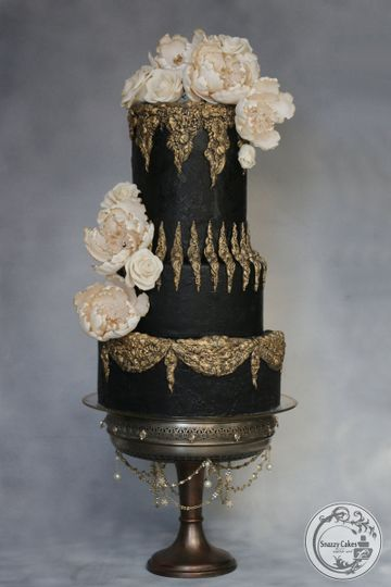 Snazzy Cakes - Wedding Cake - Duluth, MN - WeddingWire