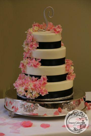 pink flowers blue wedding cake